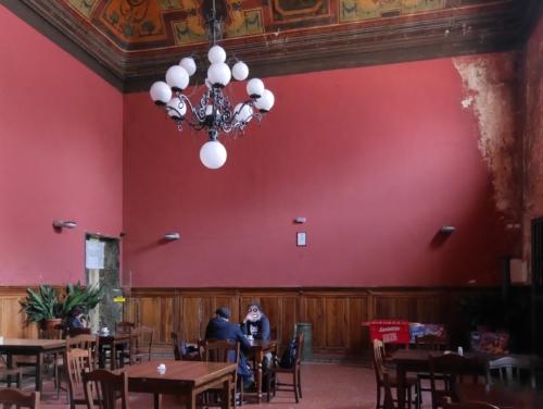 Perugia Bahnhof Wartesaal